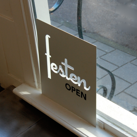 Double sided open-close sign, aluminium