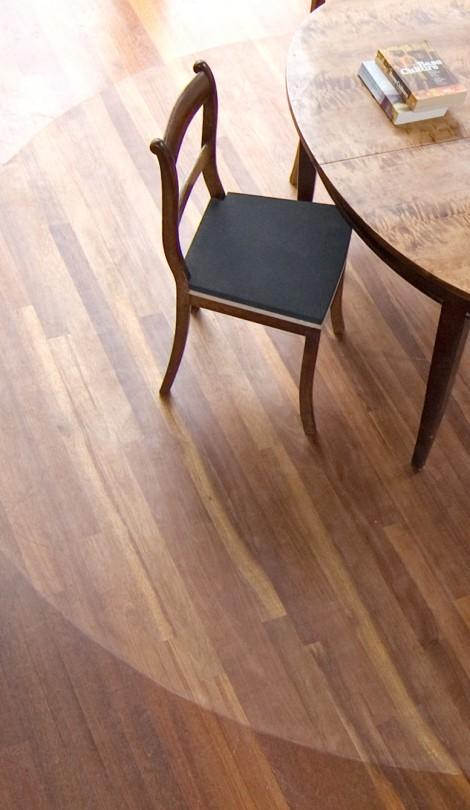 Versleten houten vloer